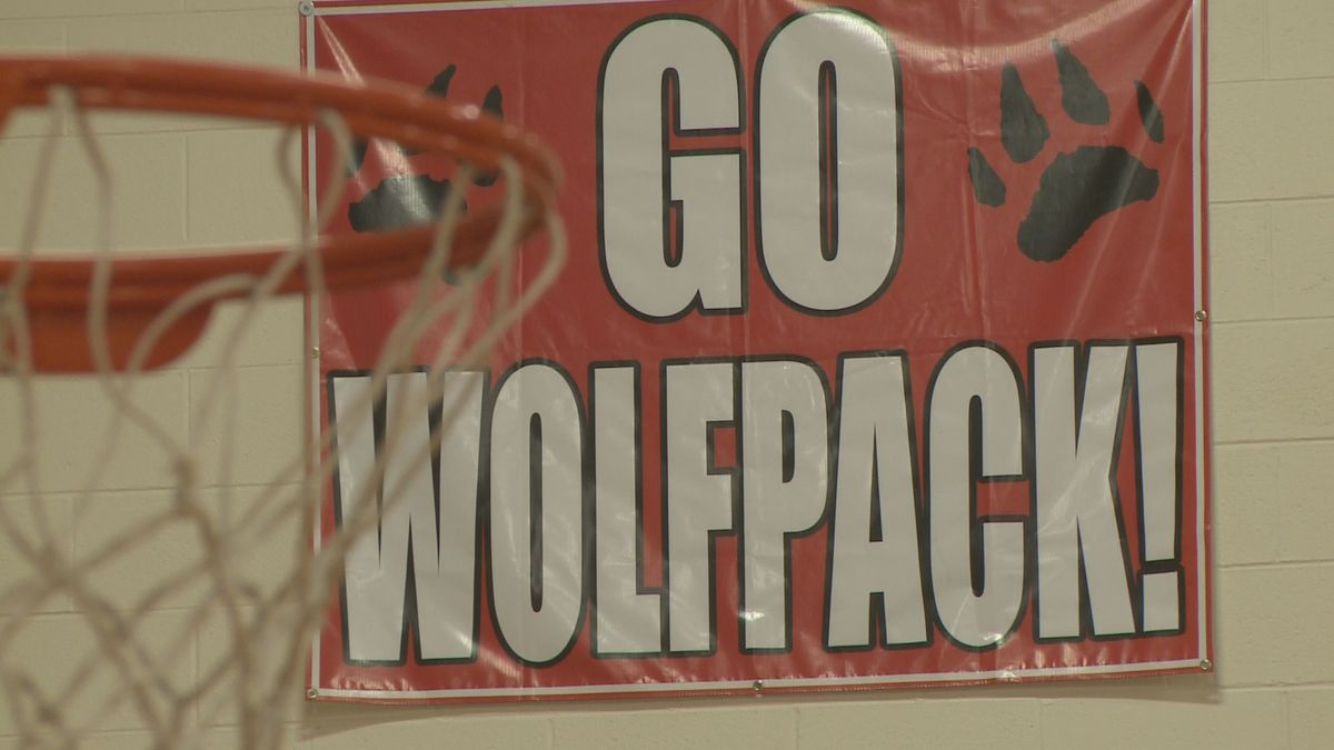 The Laingsburg Wolfpack lost to Potterville 68-67 on Tuesday, January 7th. They say they should have won 67-66.