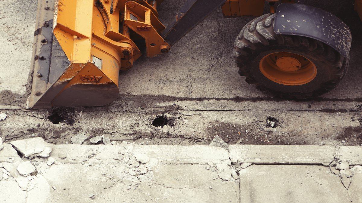 Monday morning, sections of three streets in the City of Lansing will be closed for resurfacing...