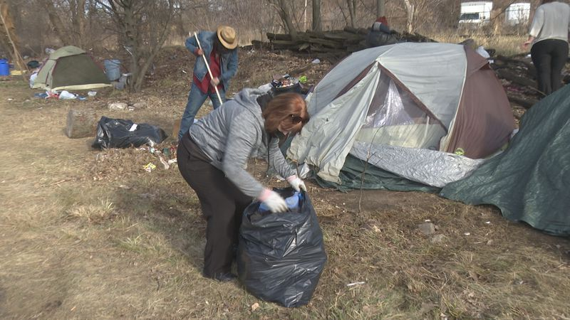"""Back 40"" homeless camp gets cleaned up."