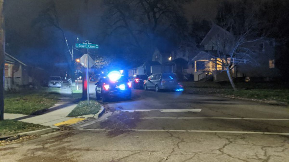 Police are responding to reports of shots fired on the 1500 block of East César E. Chávez Avenue Friday night. (Source: WILX)