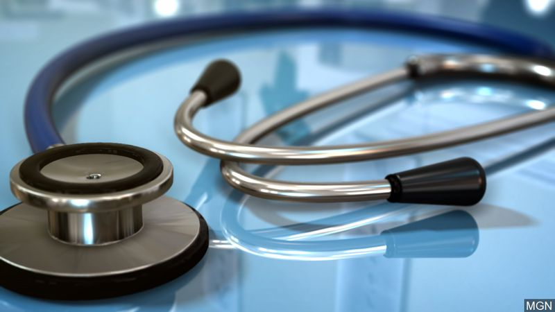 A doctor who was accused of negligence, incompetence, and making inappropriate sexual advances...