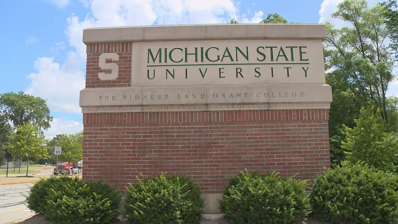 Michigan State University sees decrease in COVID-19 cases.