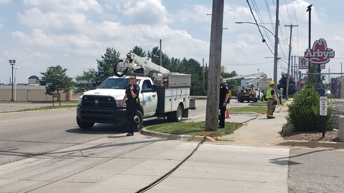 Accident causes closed road in Lansing. (Source WILX)