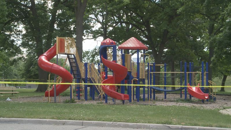 Three people were hurt in an attack at Oak Park Sunday.