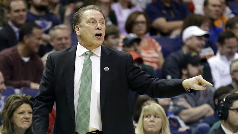 Michigan State head coach Tom Izzo directs his team during the first half in a first-round...