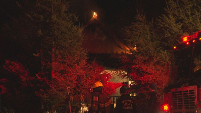 A house on Edison Ave. caught fire early Wednesday morning.