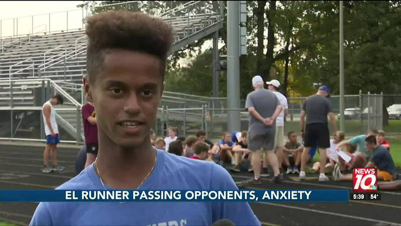 EL runner passing opponents, anxiety