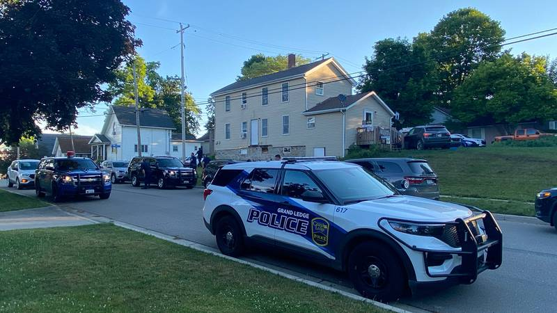 Multiple agencies responded to a chase in Grand Ledge.