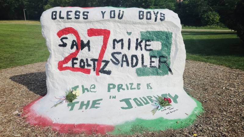 Remembering football players Mike Sadler and Sam Foltz