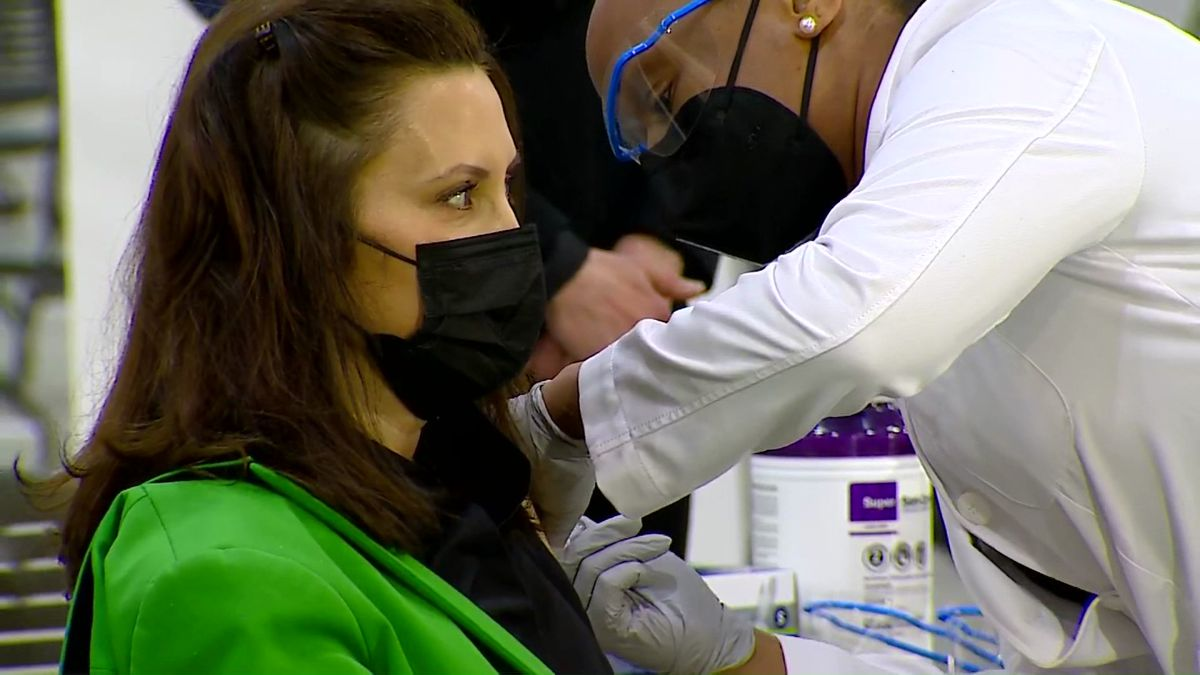 Today, Michigan Governor Gretchen Whitmer received her second dose of the Covid vaccine.