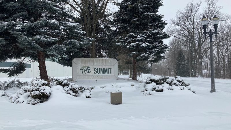 The Summit in Diamondale