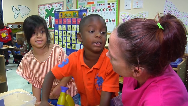 There are ways parents can ease the transition from pre-k to kindergarten for kids.