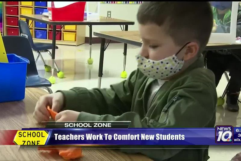 "Teachers work to prepare students for ""pandemic-style"" learning"
