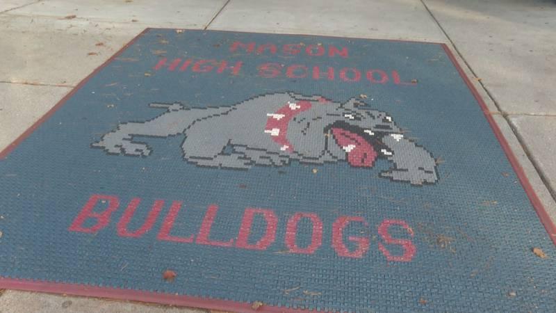 Mason High School Bulldogs floor mat