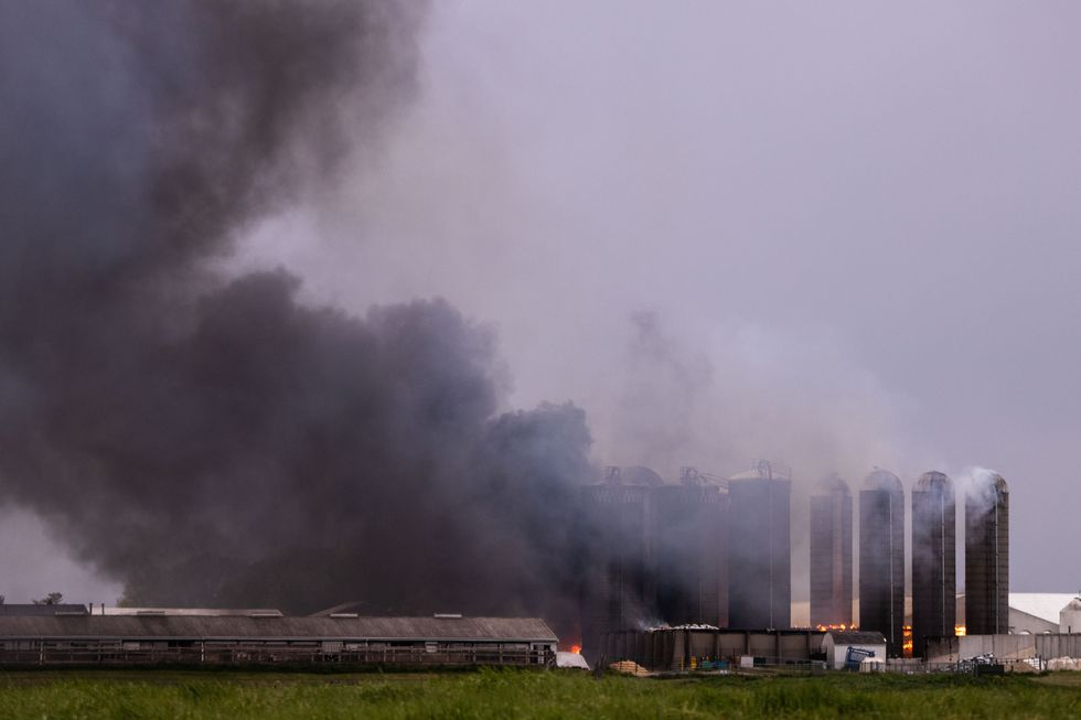 wilx.com - Jake Vigna - Fire crews battling blaze at MSU's Dairy Cattle Teaching and Research Farm in Lansing
